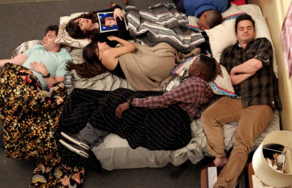"NEW GIRL:  The gang (L-R:  Max Greenfield, Zooey Deschanel, Hannah Simone, Lamorne Morris, Damon Wayans, Jr. and Jake Johnson) ends a long night of playing the ""True American"" drinking game in the ""Mars Landing"" episode of NEW GIRL airing Tuesday, March 25 (9:00-9:30 PM ET/PT) on FOX. ©2014 Fox Broadcasting Co.  Cr:  Adam Taylor/FOX"